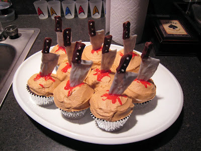 Slasher Knife Halloween Cupcakes